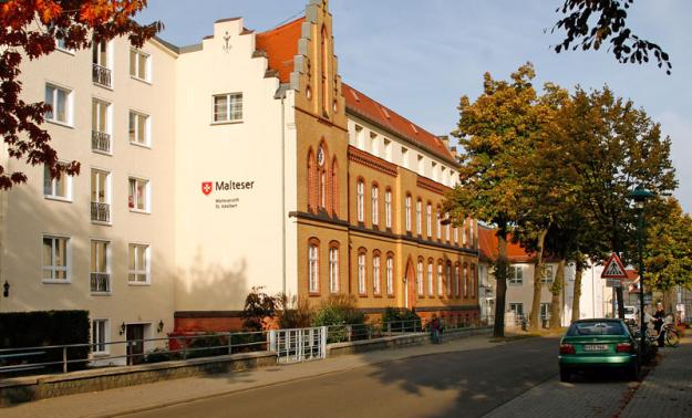 """Das Alten- und Pflegeheim """"St. Adalbert"""" an der Kamenzer Straße"""